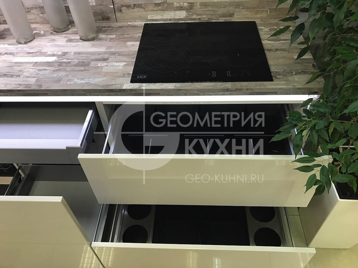 belaya-pryamaya-kukhnya-na-zakaz-spb-geometriya-16
