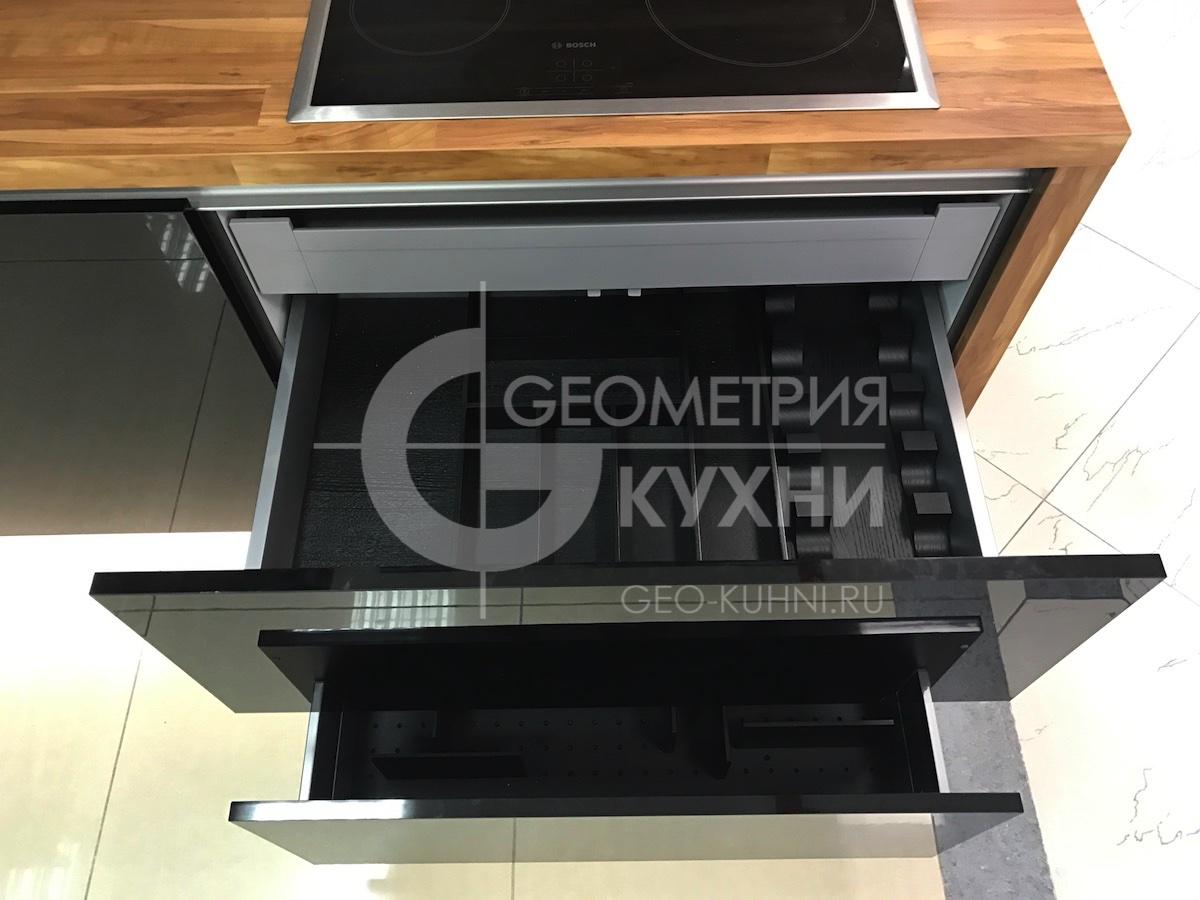 chernaya-kukhnya-na-zakaz-spb-geometriya-10