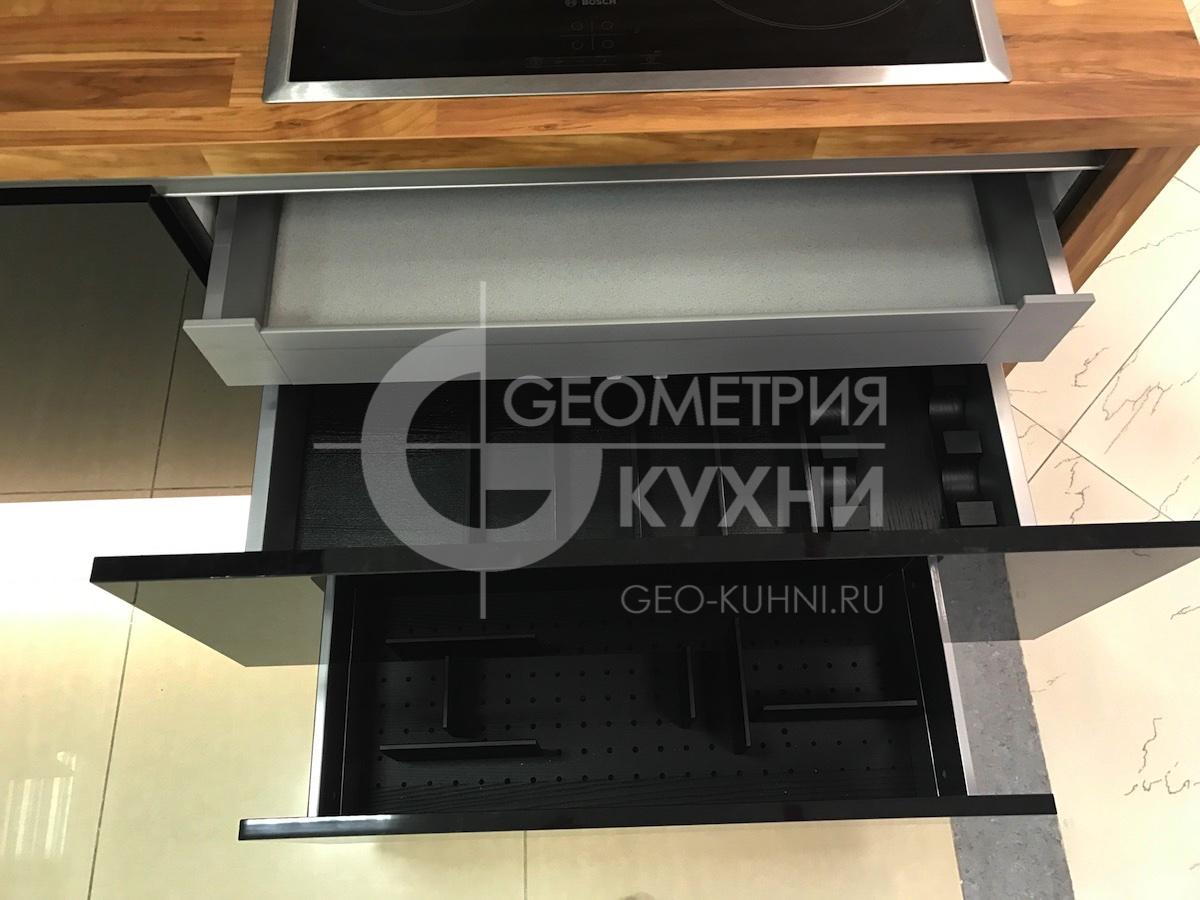 chernaya-kukhnya-na-zakaz-spb-geometriya-11