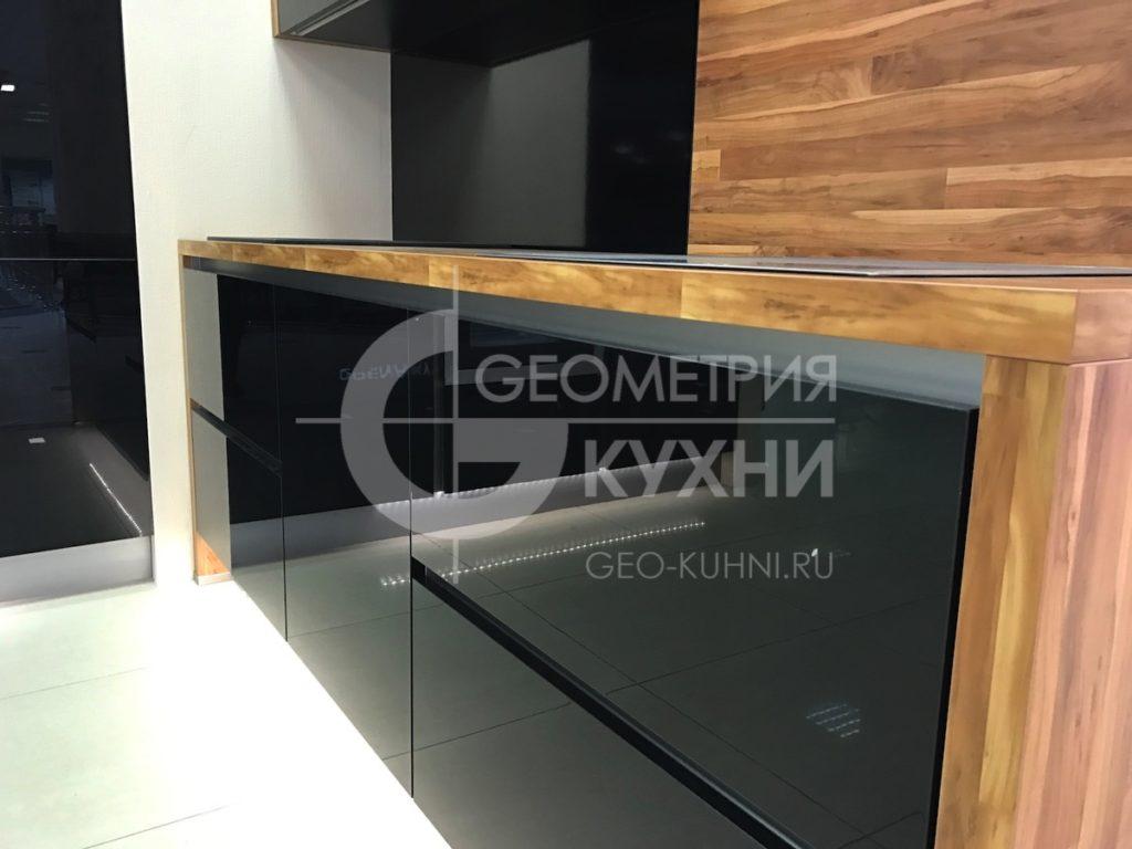 chernaya-kukhnya-na-zakaz-spb-geometriya-27
