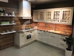 Кухня для загородного дома в стиле Classic