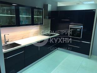 Мебель для кухни иссиня-черного цвета