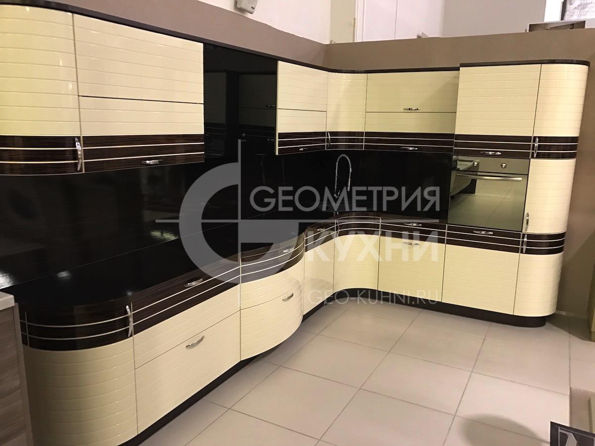 kukhnya-na-zakaz-spb-inline-geometriya-11
