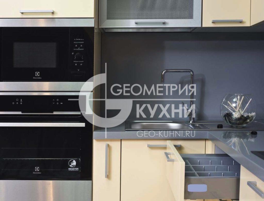 kukhnya-na-zakaz-spb-kristall-geometriya-19