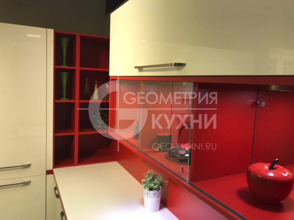 kukhnya-na-zakaz-spb-white-red-geometriya-10