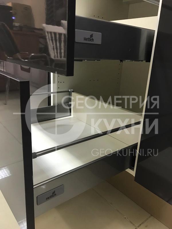 kuxnya-lite-na-zakaz-geometriya-11