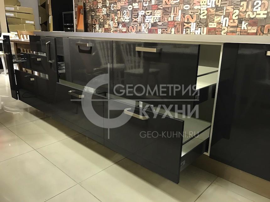 kuxnya-lite-na-zakaz-geometriya-12