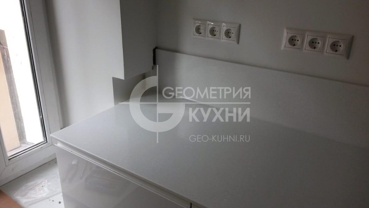 nemeckaya-kukhnya-geometriya-4
