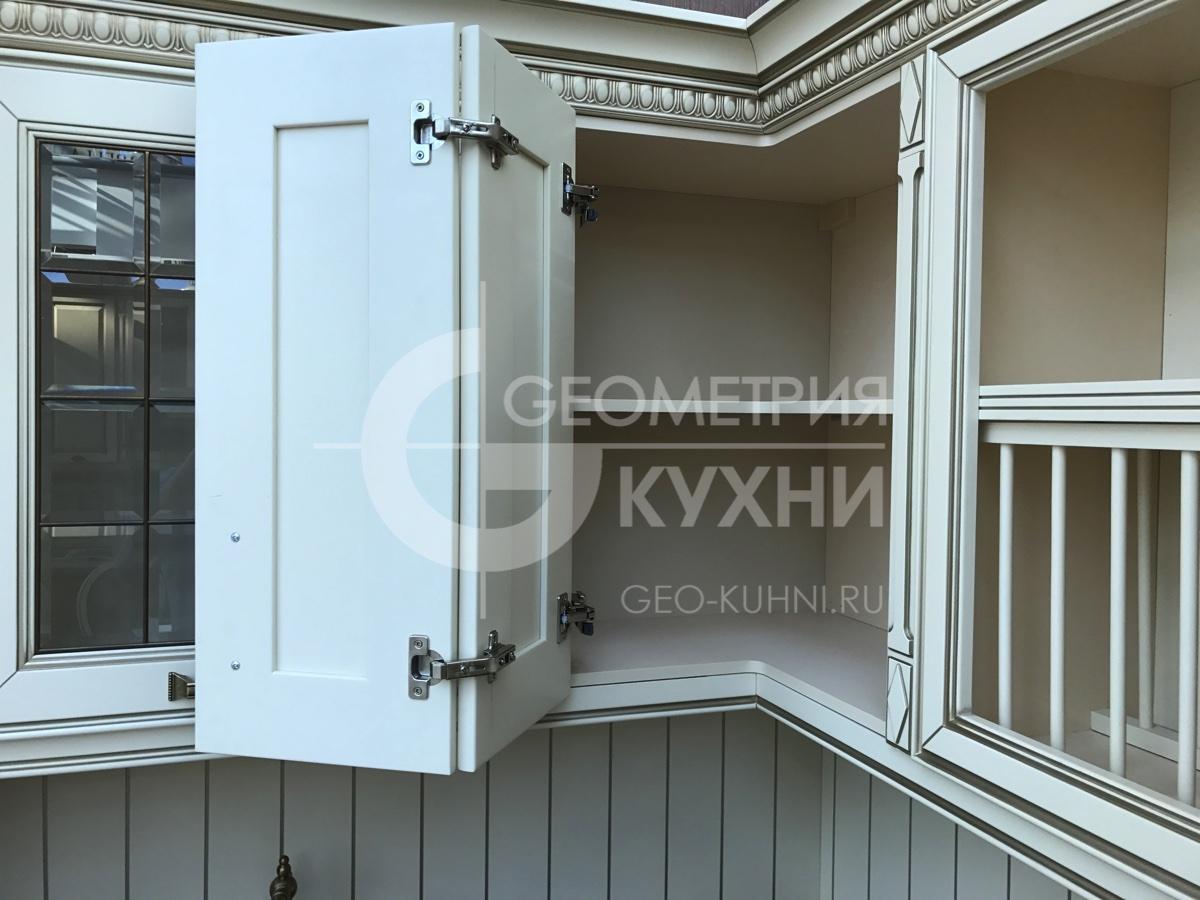 roskoshnaya-kukhnya-classic-na-zakaz-geometry-21