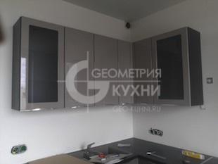 Кухонная мебель с фасадами цвета графит