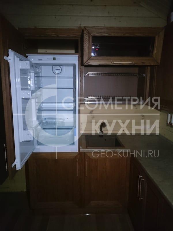 nebolshoy-kukhonnyy-ugolok-dlya-dachnogo-doma-4