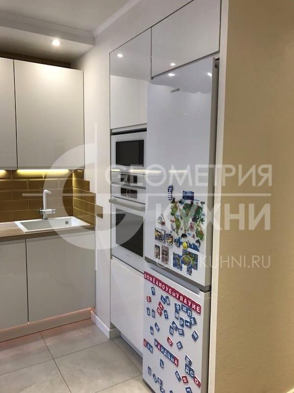 Кухня со столовой в стиле минимализм