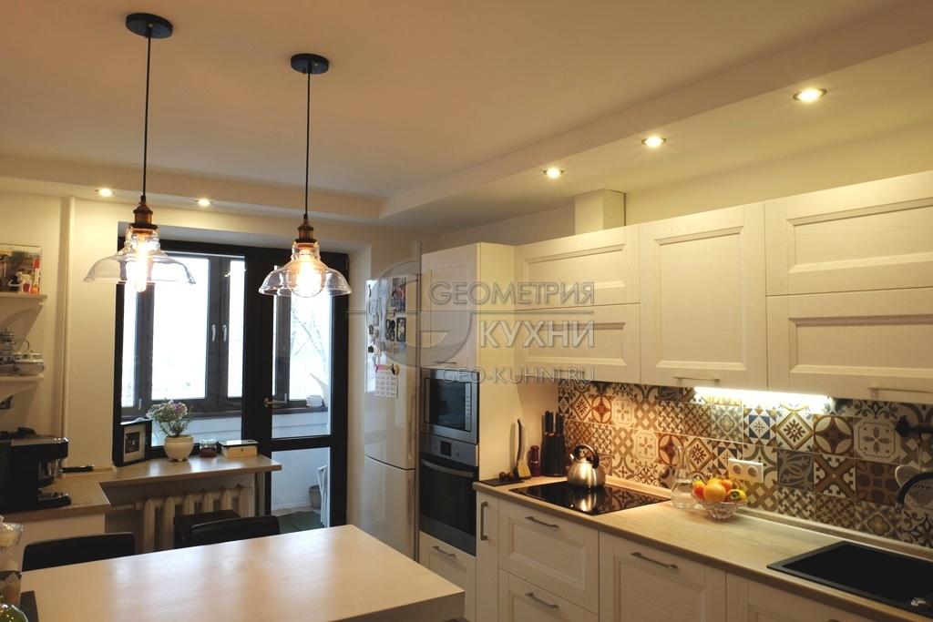 Белая кухня в интерьере