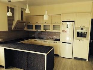 П-образная стильная кухня Лимба