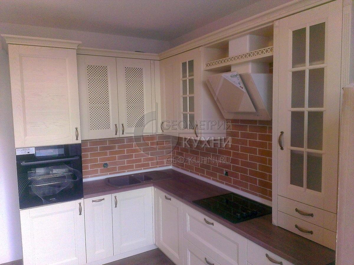 Стильный и функциональный кухонный гарнитур Арли