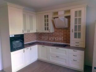 Стильный и функциональный кухонный гарнитур